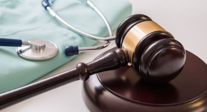 The Difference Between Medical Malpractice and Negligence